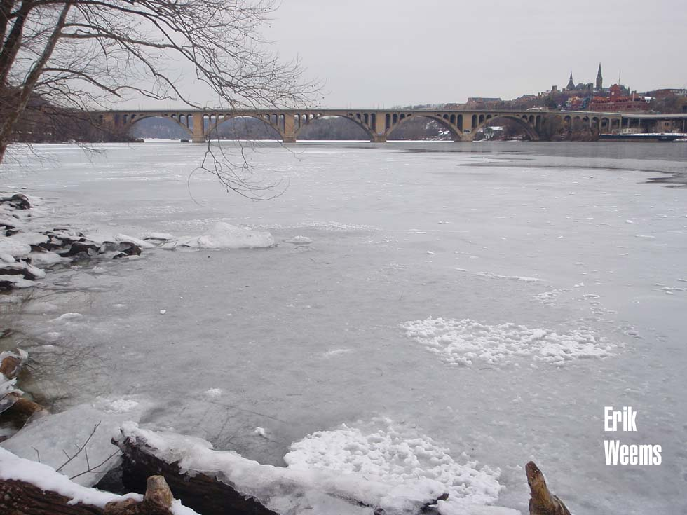 Key Bridge Ice and Snow Potomac