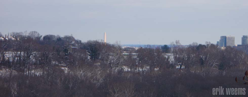 Snow and DC Washington Monument