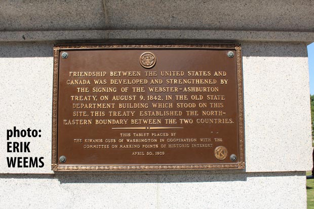 Webster-Ashburton Treaty between Canada and United States - Seal on Building