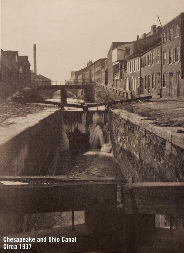 Chesapeake and Ohio Canal 1937 in Georgetown